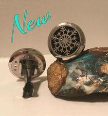 Snowflake Aromatherapy/Essential Oil Diffuser car locket
