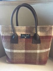 W28 Cranberry Tweed Handbag