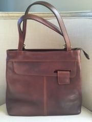 L136 - Italian Leather Handbag/Backpack