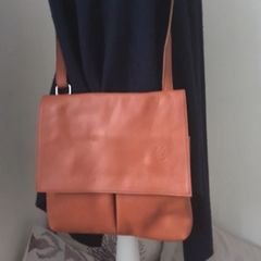 Italian Crossbody Bag - Tan L88