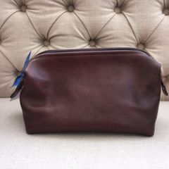 Italian Leather Washbag - Brown L84