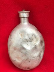 German soldiers 1942 dated waterbottle,complete with top very nice condition clean relic recovered from Stalingrad 1942-1943 battlefield in Russia