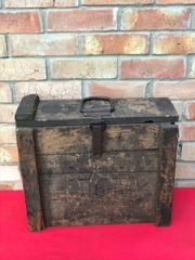 German 7.58cm light Minenwerfer mortar 4 shell ammunition crate,nice condition,paintwork,markings found on the Somme battlefield 1916-1918
