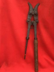 German 1st pattern pair of large long handled barbed wire cutters found on the Somme 1916-1918 battlefield