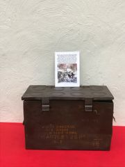 British army 25 pounder artillery gun 8 brass cartridges carry box dated 1938,nice condition found in 2017 on Farm at Doornik in Belgium used by British artillery guns in 1940 defending Dunkirk