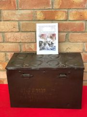 British army 25 pounder artillery gun 8 brass cartridges carry box dated 1938,nice condition found in 2017 on a Farm at Doornik in Belgium used by British artillery guns in 1940 defending Dunkirk