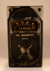 Boeing B-29 Superfortress 4-Way Oil Quantity Gauge INS-0110