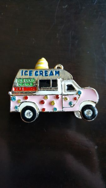 Ice Cream Truck Pendant (45mm long)