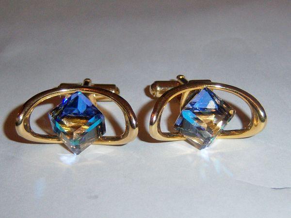 Cubed Vintage Cufflinks. Oval Cufflinks. Glass Cufflinks.