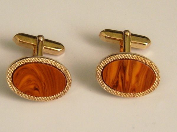 Brown Oval Vintage Cufflinks.