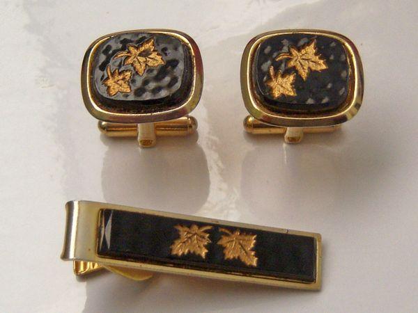 Black Dimpled Vintage Cufflinks. Maple Leaf Cufflinks.