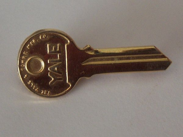 Small Vintage Key Single Tie Clip
