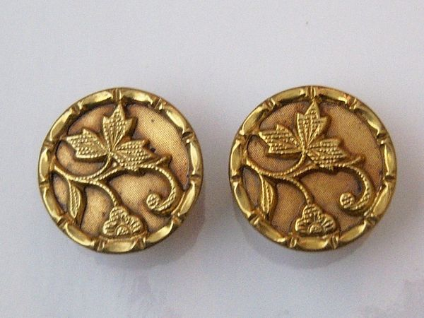 Grape Leaf Design Antique Cufflinks.