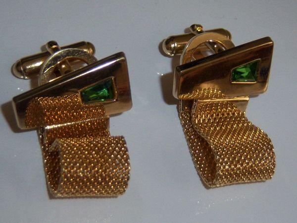 Modernist Mesh Vintage Cufflinks. Green Stone Cufflinks.