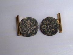 Convert Antique Spanish Button Cufflinks. Floral Design.