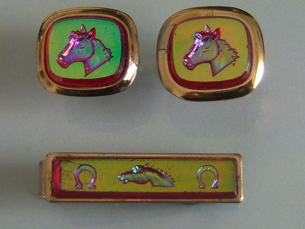 Reflective Vintage Horse Racing Equestrian Cuff Links. Set 1.