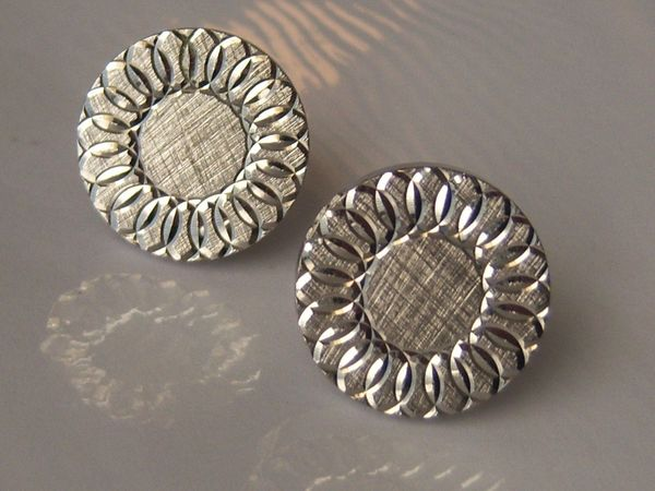 Vintage Abstract Sunflower Cufflinks.