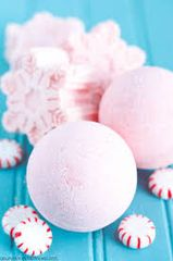 Wicked Vanilla Peppermint Bath Bomb