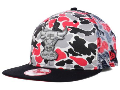 New Era 9FIFTY NBA Hardwood Classics Camo Mesh Chicago Bulls Cap ... a80ed8dc244a