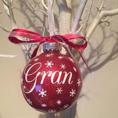 Granny/Grandma/Gran Christmas Bauble