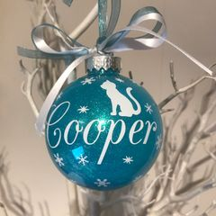 Cat Themed Christmas Bauble (Glitter)