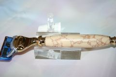 Handcrafted Razor Handle for Gillette Fusion Pro-Glide in Bone with Copper Veins Faux Stone, Finished in Bright Gold