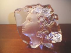 Mats Jonasson Art Glass Young Women's Face Sweden Art Sculpture Paperweight