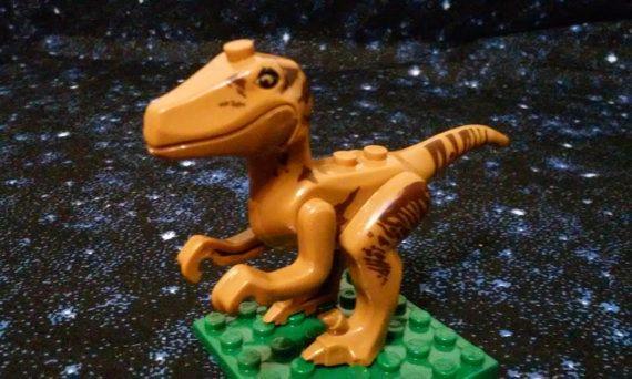 Jurassic World - T-Rex Style 2