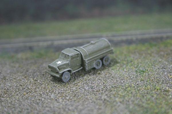 US Army 2 1/2 Ton 6x6 Fuel/Oil Tank Truck, GMC CCKW
