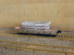 N Scale 30' Mill Car w/ 2 Large Slabs