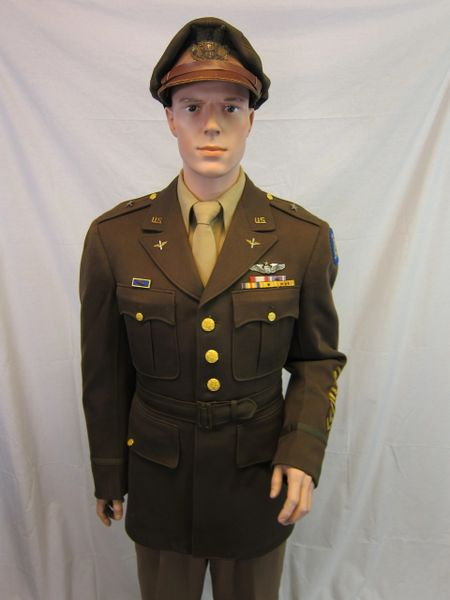 WWII Uniform of Brigadier General Albert F  Hegenberger with Chennault's