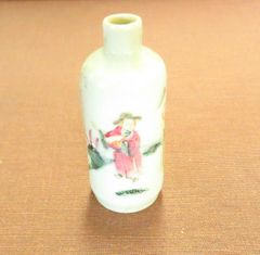 19th century porcelain hand painted snuff bottle