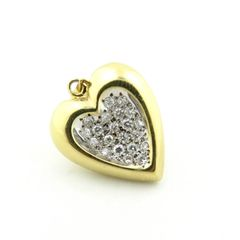 Diamond and gold heart pendant 18k