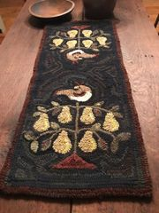 A Partridge in a Pear Tree Runner Kit