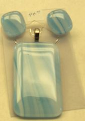 Necklace and earrings set, light blue