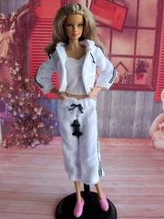 Barbie Casual Wear-Shirt-Pants-Shoes-Jacket-Belt-Sneakers
