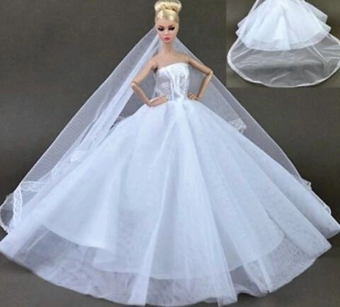 Barbie Wedding Dress With Flowers and lovely Veil. Barbie clothes ...