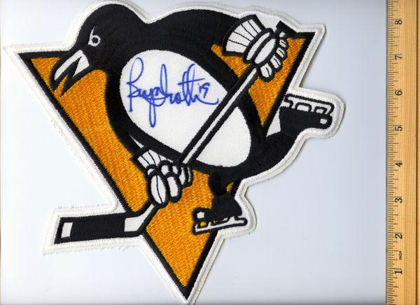 Bryan Trottier #19 signed Penguins jersey crest patch