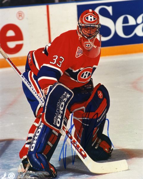 Patrick Roy - Montreal Canadiens signed 8x10 photo