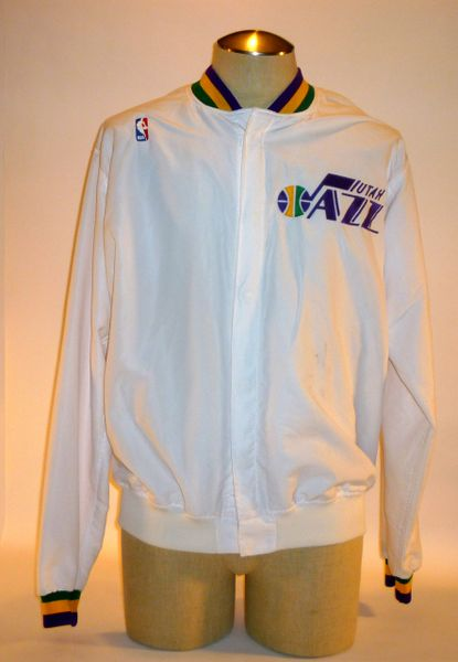 Utah Jazz game used warm-up jacket, Size 44