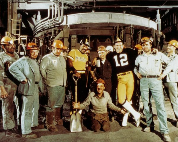 30. Stargell, Bradshaw, Steelworkers 11x14 photo