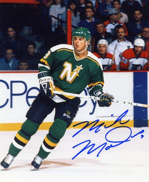Mike Modano - Minnesota North Stars signed 8x10 photo