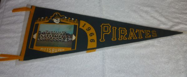 1966 Pittsburgh Pirates full-size pennant