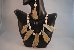 Snake Skin Jasper and Howlite Pendant Necklace and Earrings