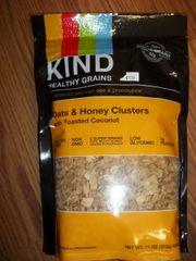 Kind granola oats & honey clusters Gluten Free, Non GMO 11oz