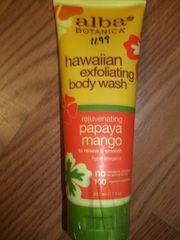 Alba Hawaiian exfoliating body wash papaya mango