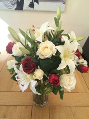 LARGE RED ROSE, LILY & HOP SPRAY GIFT WRAPPED HAND TIED BOUQUET
