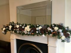 LUXURY ARTIFICIAL WHITE & SILVER EXTRA LONG 9 FT HANDMADE CHRISTMAS GARLAND WITH SILK ROSES