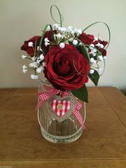 SHABBY CHIC RED ROSE & GYPSOPHILA VASE ARRANGEMENT WITH WATER