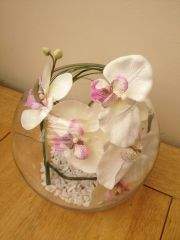 WHITE & PINK SILK ORCHID WITH BEAR GRASS IN GLASS BOWL WITH GRAVEL AND WATER